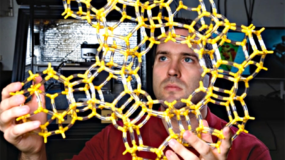UH Researcher Recognized for Work in Crystal Engineering